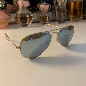 Ray-Ban Aviator SunglasseW/ Case Sunglasses